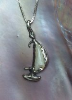 American Pearl Pendant : Smooth Sailin'